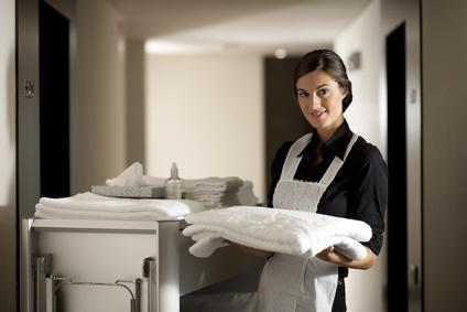 Femme de chambre au Shangri-La Hotel, ou ailleurs...