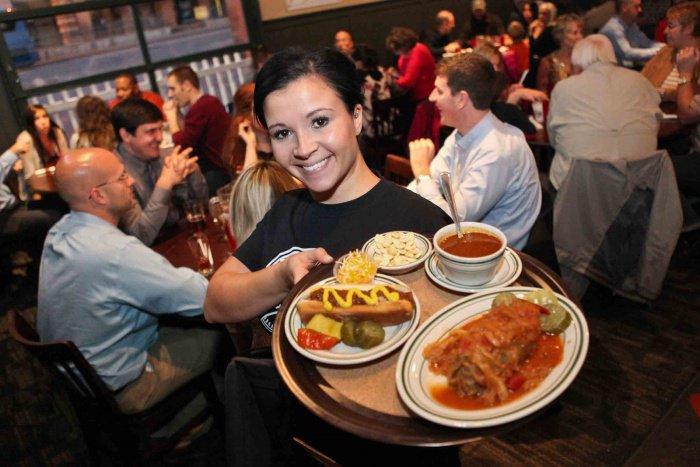 11 choses que vous pouvez faire au restaurant pour que votre serveur vous adore... J'adore la 6
