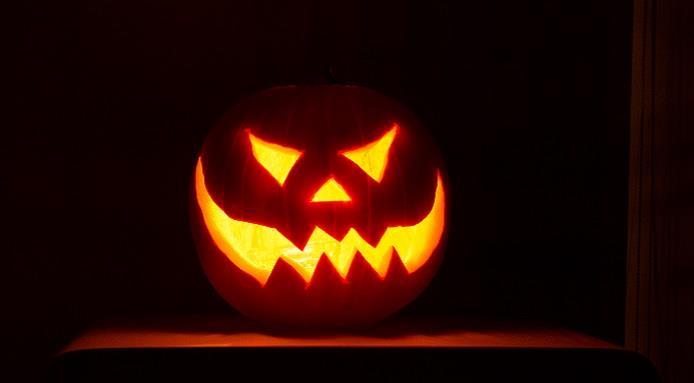 Bouche Citrouille Halloween.Comment Decouper Une Citrouille Pour Halloween Ge Rh Expert