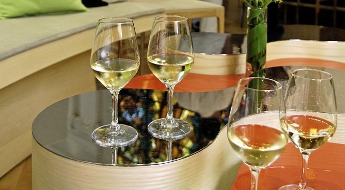 Japon: Louis Robuchon Abe ouvre un bar à Vin de Bordeaux