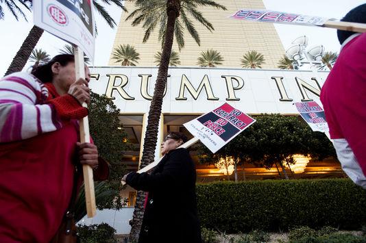 Les salariés du Trump Hotel en ont assez d'être les plus mal payés de Las Vegas