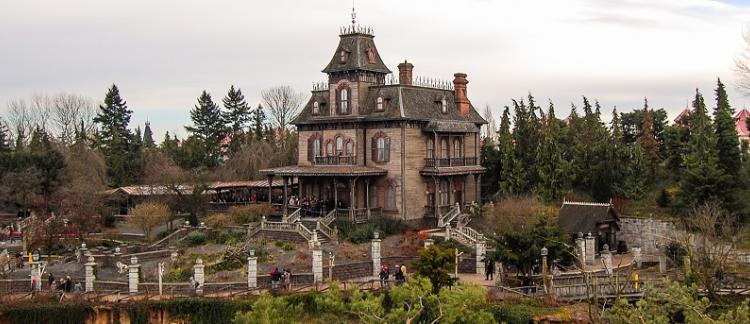 Disneyland Paris : un technicien électrocuté dans le Manoir hanté