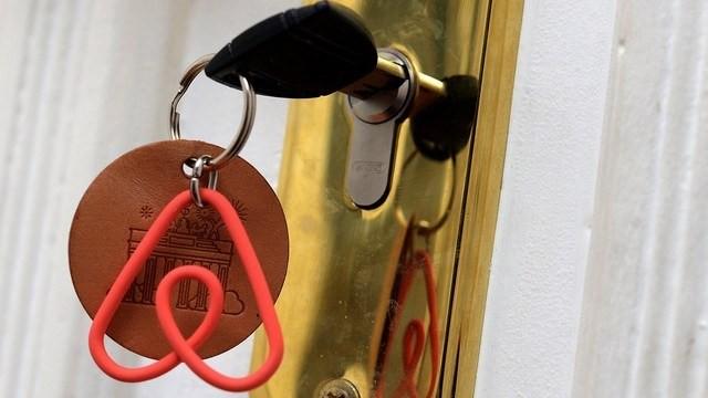 Collecte de la taxe de séjour, le tour de passe-passe d'Airbnb