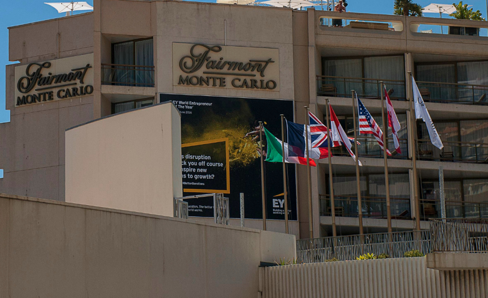 Monaco: licencié d'un hôtel de luxe pour une brosse à dents à 72 centimes