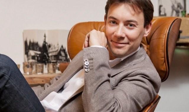 Booking pique un des grands patrons d'Airbnb