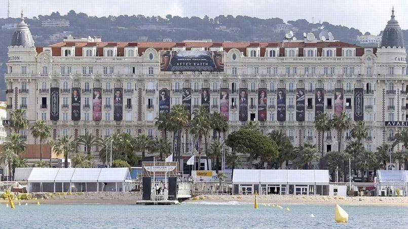 Les salariés du Carlton InterContinental inquiets pour l'avenir du palace cannois
