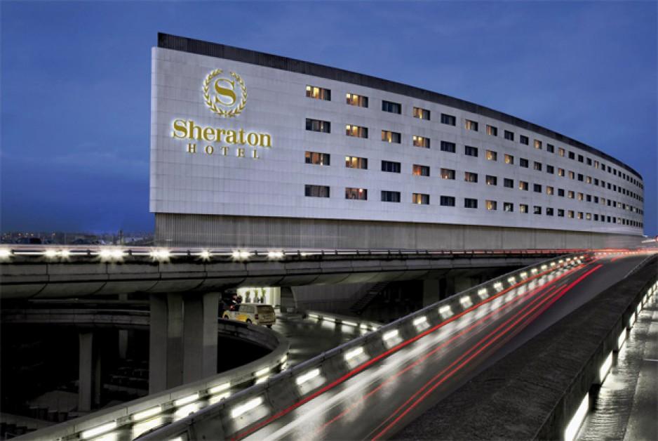 Roissy: les hôtels bataillent pour recruter