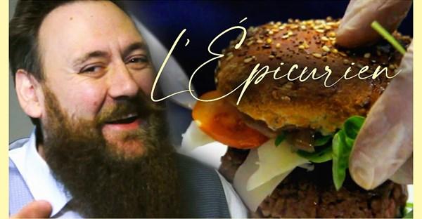 Vidéo. Ce chef de Romorantin se met dans la peau d'un Américain pour vendre ses burgers et faire rire sa communauté